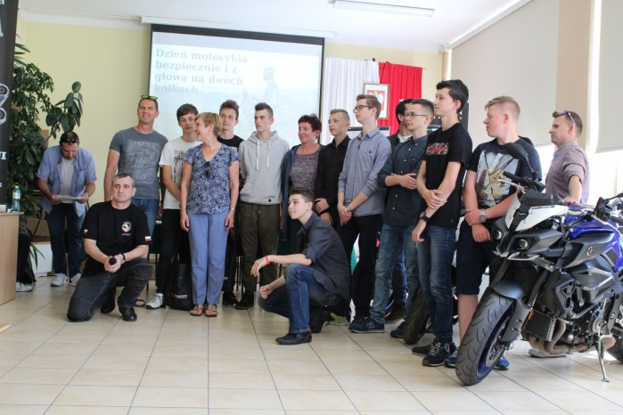 Konkurs motocyklowy dla mlodziz zy w Zdunskiej Woli 16