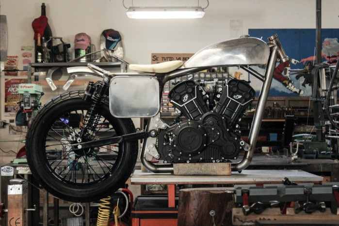 Indian Scout Sixty od Anvil Motociclette 1