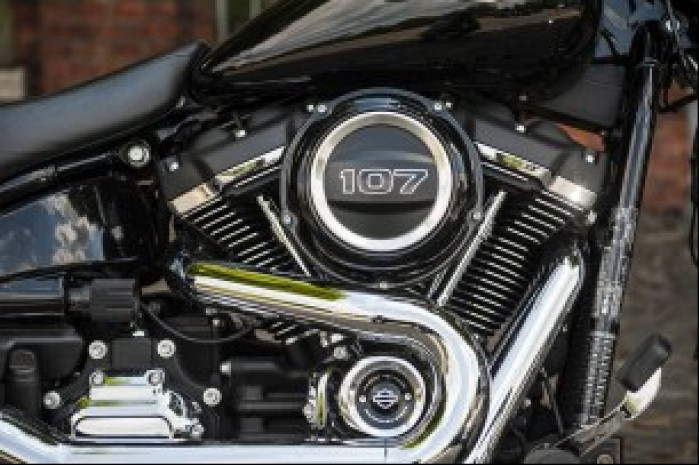 Harley Davidson Sport Glide 03