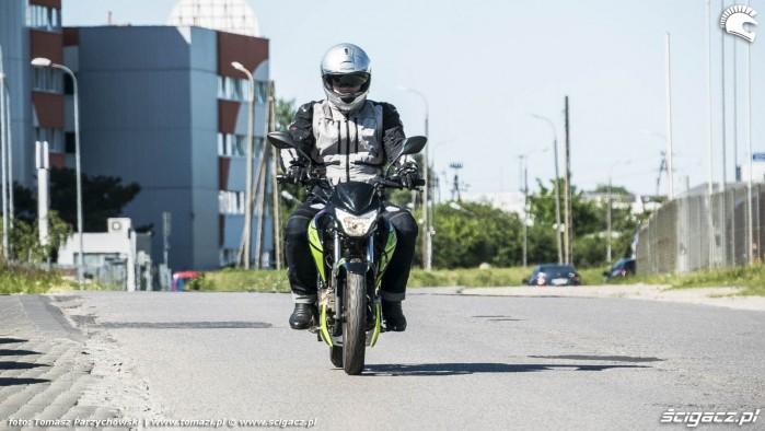 Junak 125 Racer 2018 40