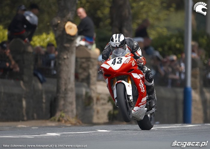 Michael Dunlop Superstock race TT