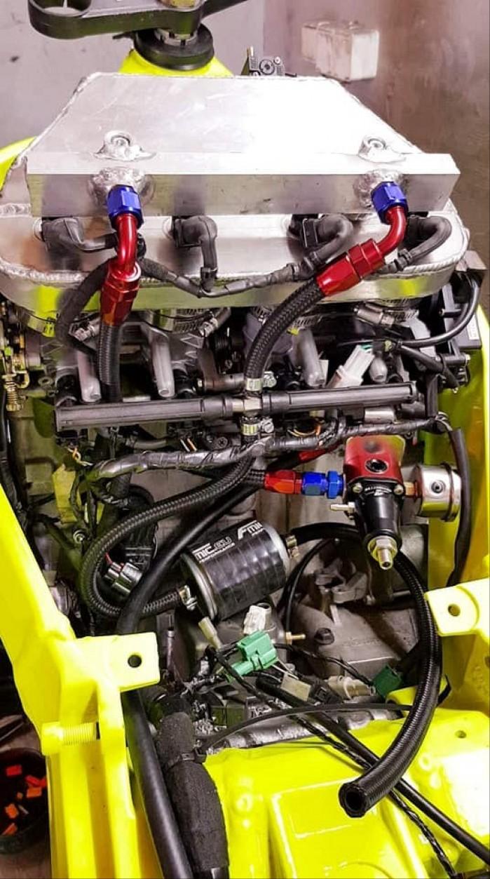 Suzuki GSX R 1000 K4 Turbo 5