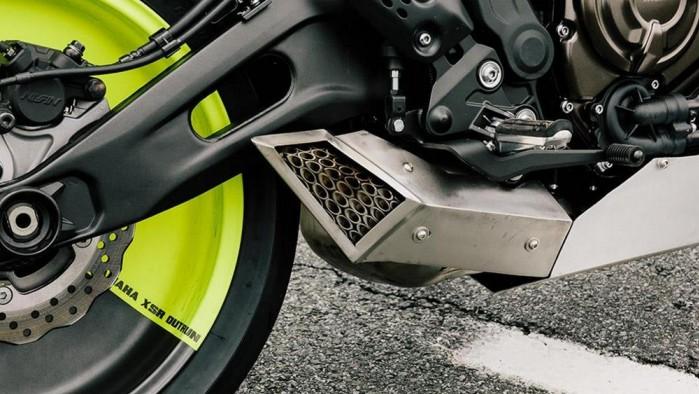 Yamaha XSR 700 Outrun 1