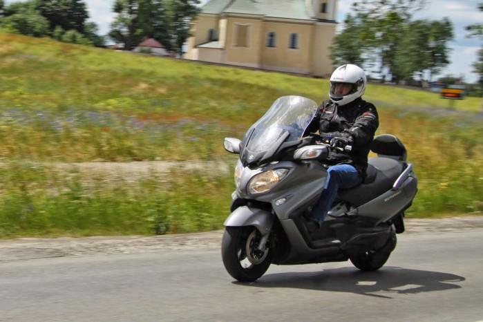 Suzuki Burgman 650 akcja