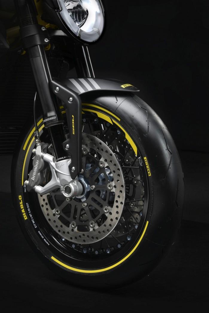 dragster 800 rr pirelli 4