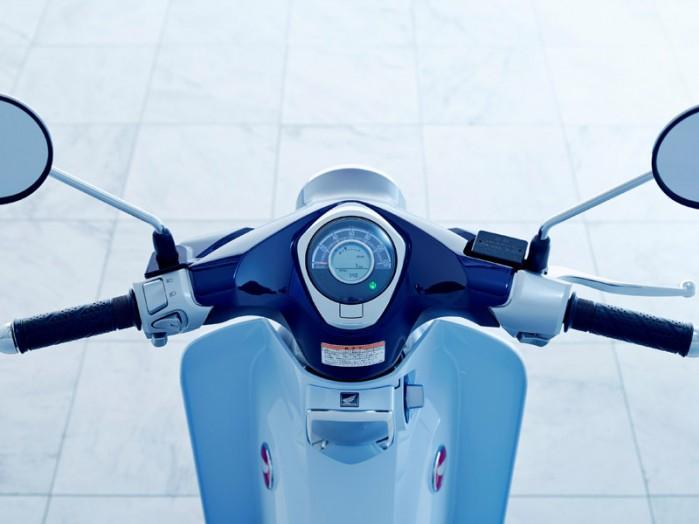 Honda Super Cub 125 2