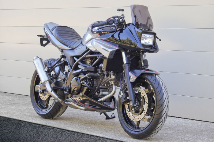 SV650X TANTO SIDE FRONT WIDE WEB