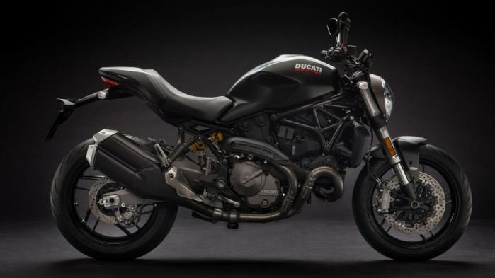 Ducati Monster 821 2019 01