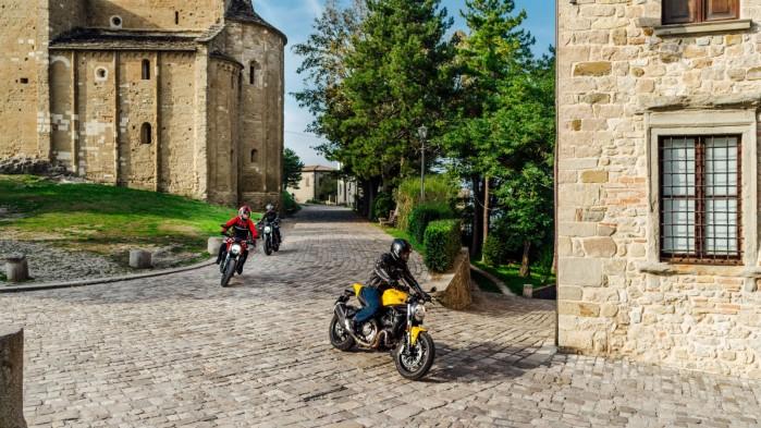 Ducati Monster 821 2019 04