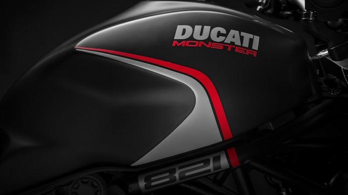 Ducati Monster 821 2019 21