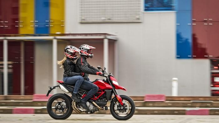 Ducati Hypermotard 950 2019 01
