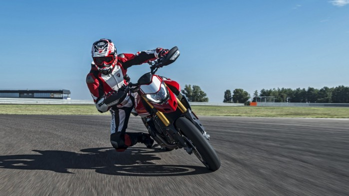 Ducati Hypermotard 950 2019 04