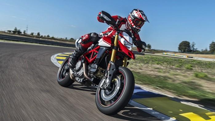Ducati Hypermotard 950 2019 05