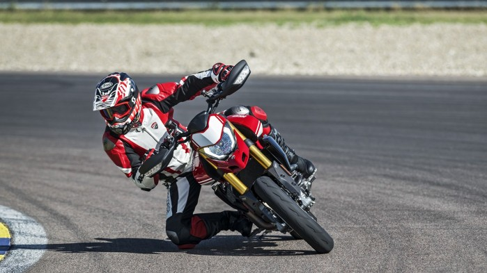 Ducati Hypermotard 950 2019 07