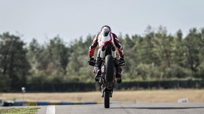 Ducati Hypermotard 950 2019 10