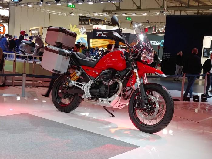2019 Moto Guzzi V85 TT 7