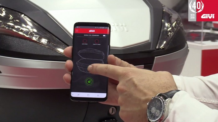 kufer GIVI otwierany smartfonem