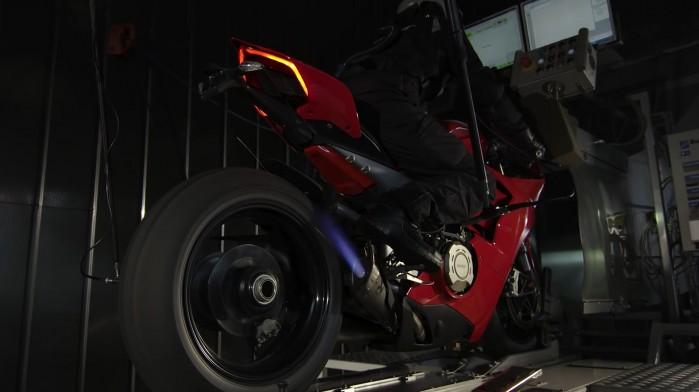 Akrapovic Ducati Panigale V4 R