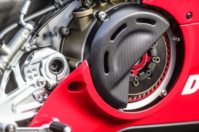 Ducati Panigale V4 R STM dry clutch 01