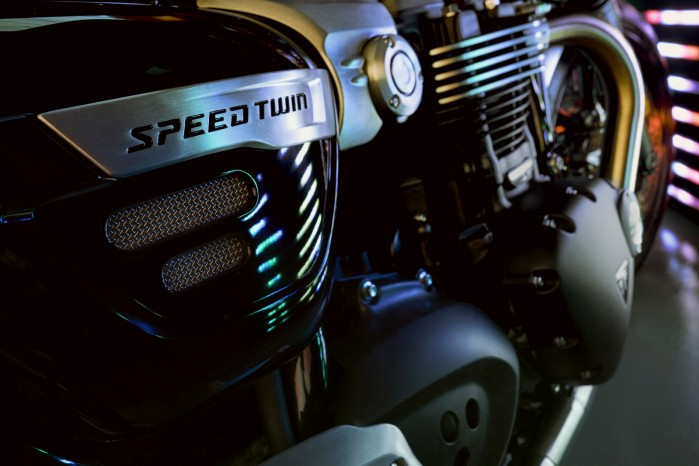 2019 Speed Twin ENGINE HERO