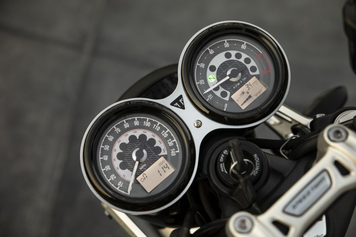 2019 Speed Twin THREE RIDING MODES