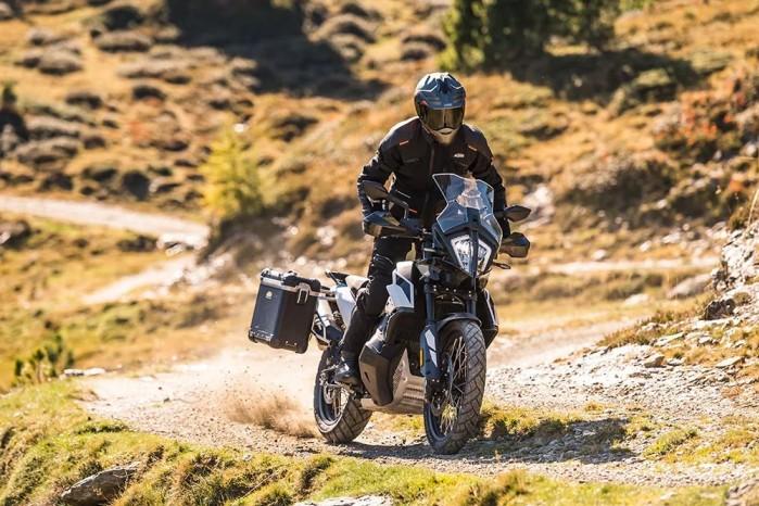 09 KTM 790 Adventure