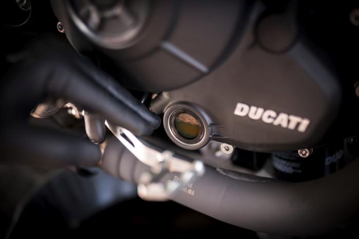 stan silnikowego oleju motocyklowego