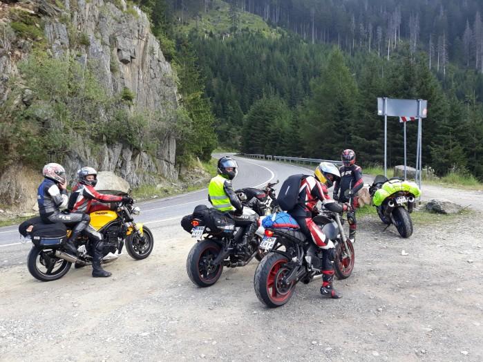 polacy w rumunii na motocyklach