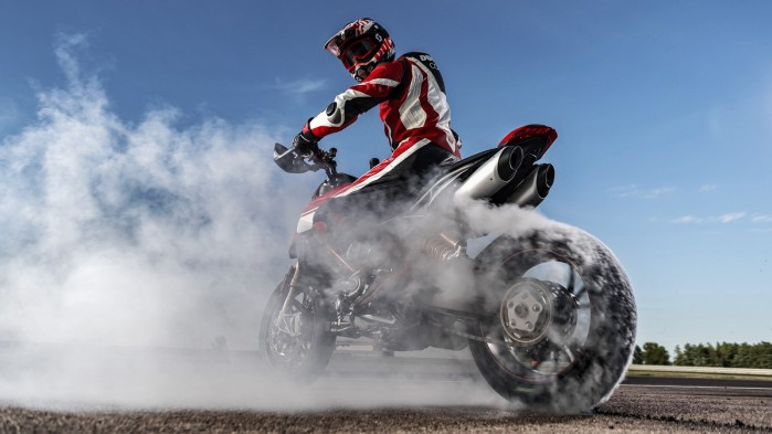 Ducati Hypermotard 950 2019 11
