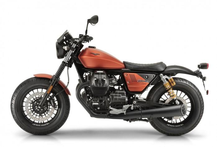 Moto Guzzi V9 Bobber sport 3