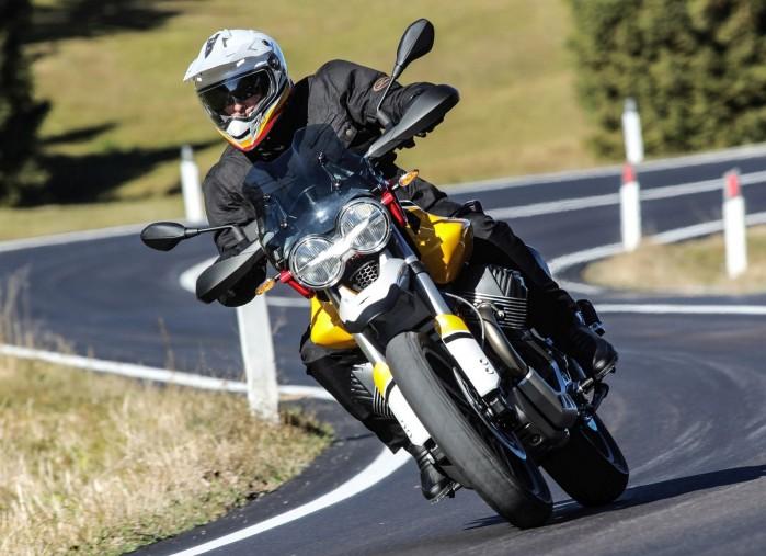 49 Moto Guzzi V85 TT