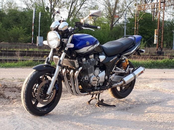 XJR1300 2004 001