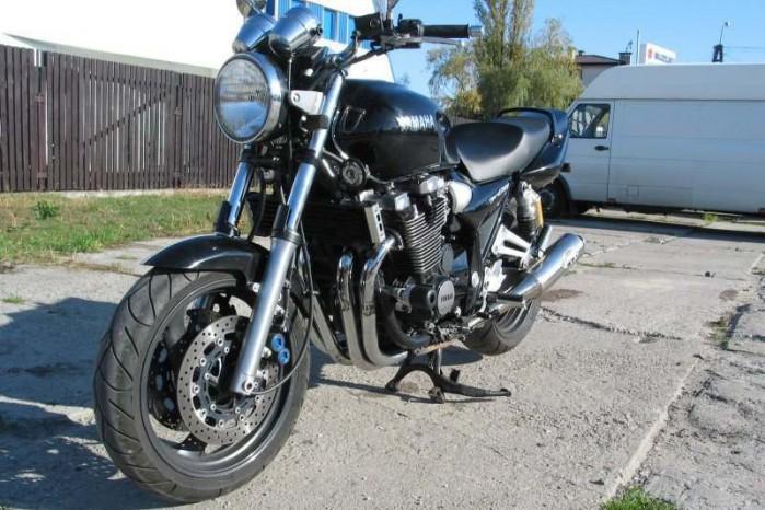 Yamaha XJR 1300 5
