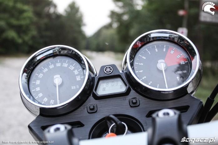 wskazniki Yamaha XJR 1300 Scigacz pl