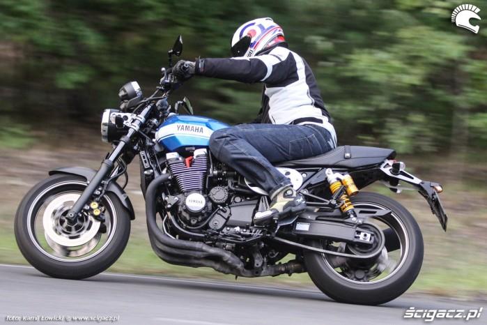 zakret Yamaha XJR 1300 Scigacz pl