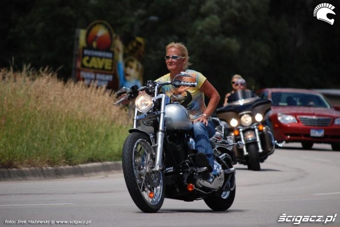 kobieta na moto 17