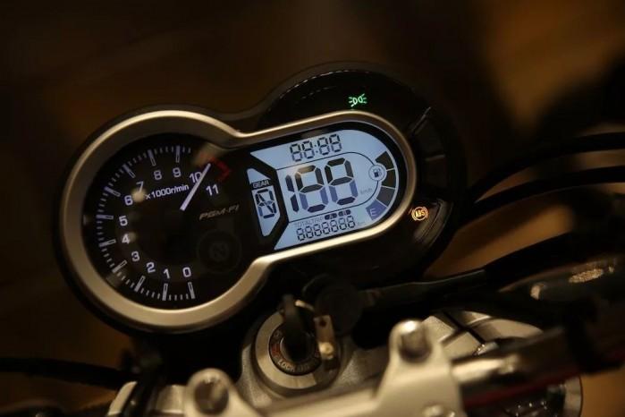 Honda CB190SS 5