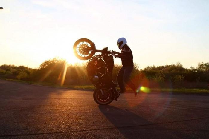 Maciej DOP Harley Davidson Stunt 12
