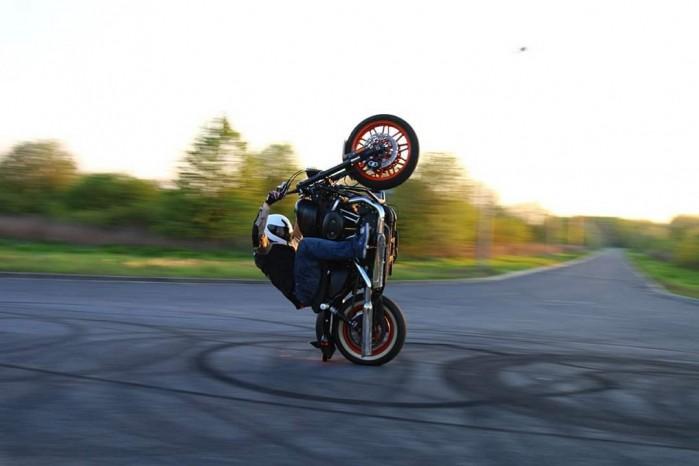 Maciej DOP Harley Davidson Stunt 13