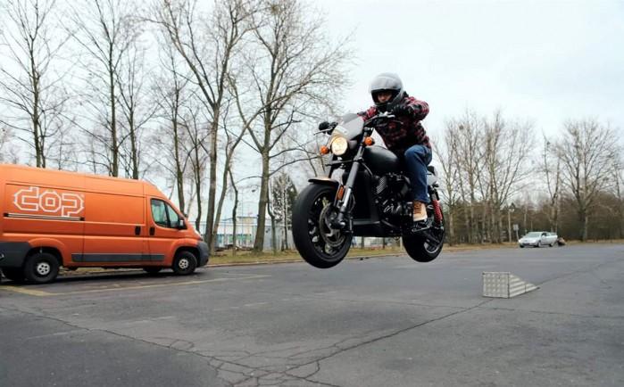 Maciej DOP Harley Davidson Stunt 19