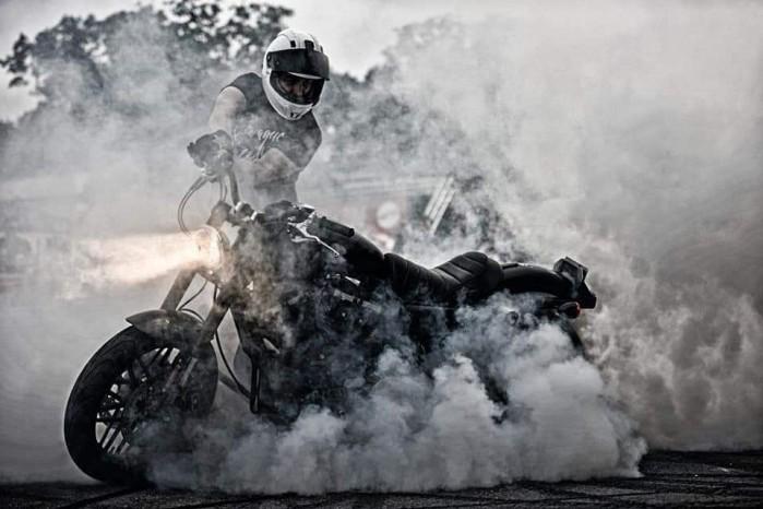 Maciej DOP Harley Davidson Stunt 21