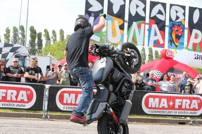 Maciej DOP Harley Davidson Stunt 25