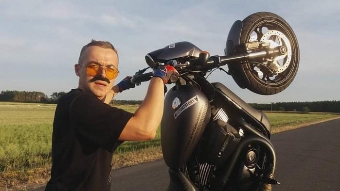 Maciej DOP Harley Davidson Stunt 27