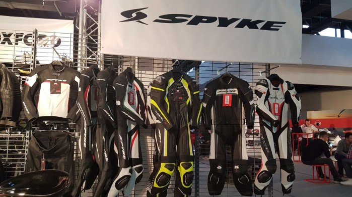 Mototrendy 2019 Spyke