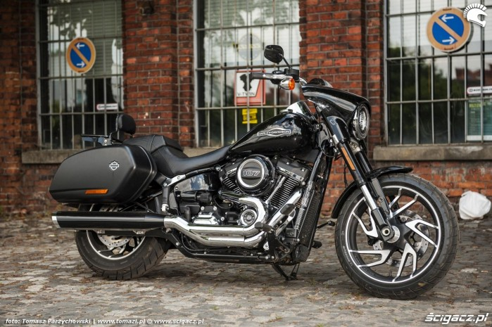Harley Davidson Sport Glide 01