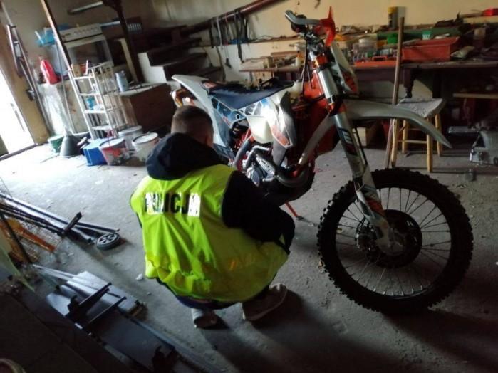 policja odzyskala motocykle