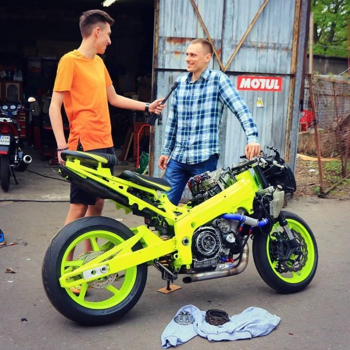 Adam Gutkowski motocykl 16