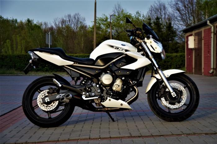 Yamaha XJ6N Custom 01