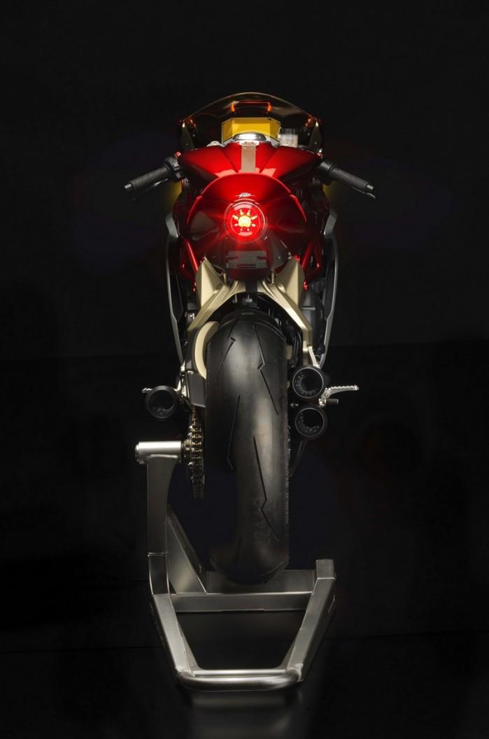 MV Agusta Superveloce 800 concept 05