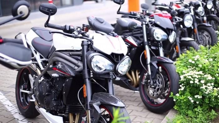Triumph 2019 jazdy testowe